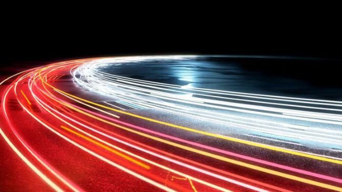 Induktives Laden bei E-Autos: Vielversprechende Technik mit großem Potenzial
