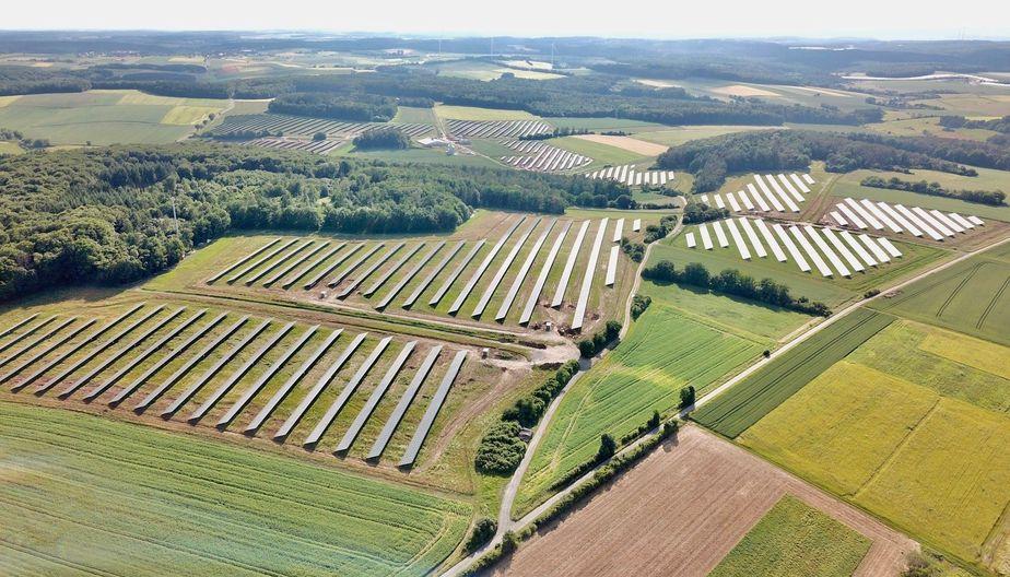 Der 28 MW große Solarpark in Maßbach besteht aus zehn einzelnen Flächen.
