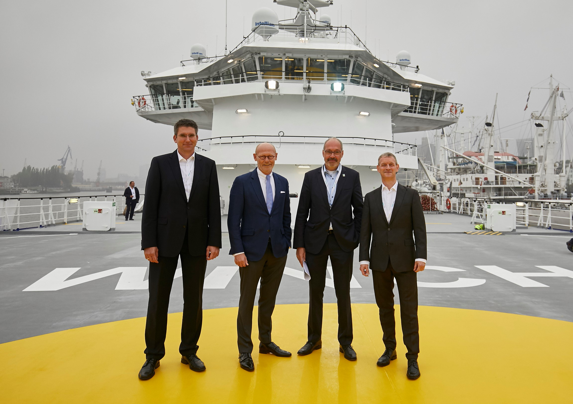 "Photo 1: Commissioning of the special vessel Bibby Wavemaster Horizon with Dr. Marc Becker, Managing Director of Siemens Gamesa Renewable Energy GmbH & Co. KG, Michael Westhagemann, Senator for Economics, Transport and Innovation of the Free and Hanseatic City of Hamburg, Andreas Wagner, Managing Director ""Stiftung Offshore"" and Stefan Kansy, Head of New Construction Projects at EnBW. (Photo: EnBW)"
